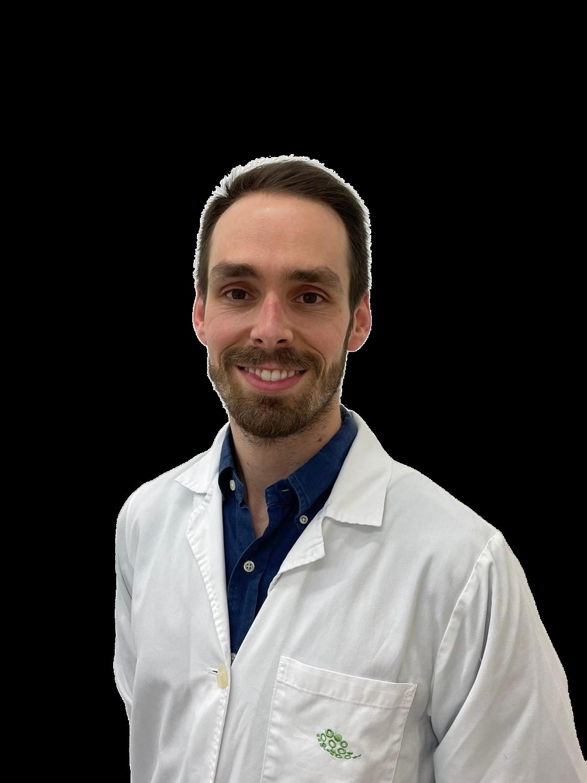 Dr Alvaro Machado